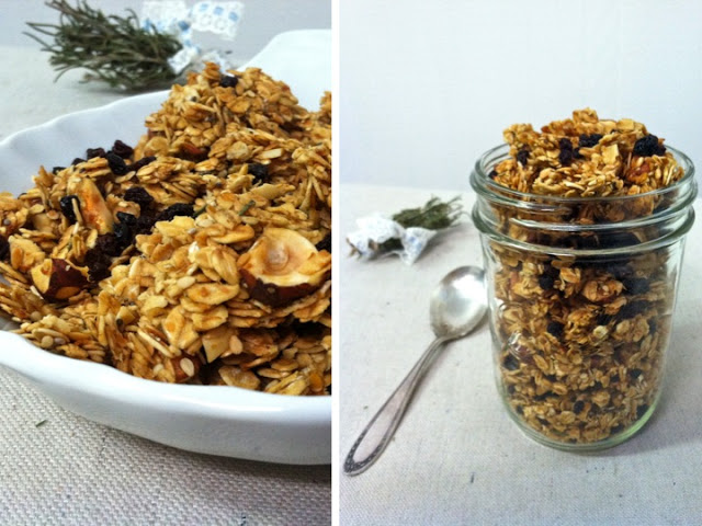 Almond, Currant & Rosemary Granola