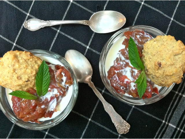 Pinot Rhubarb Sauce with Lemon-Almond Biscuits and Cream