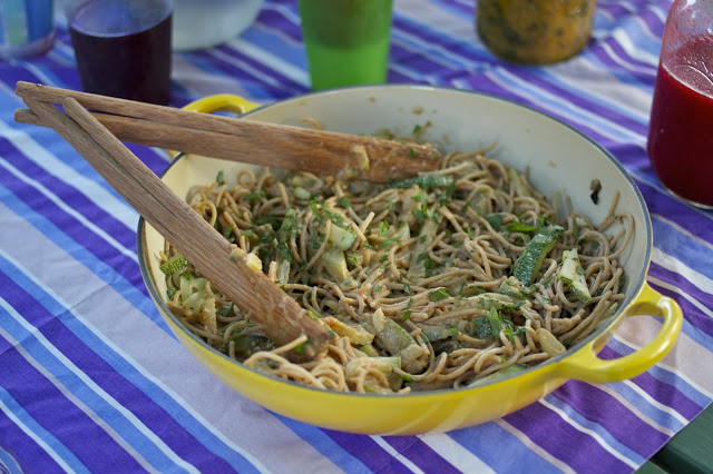 Picnic Week: Easy, Delicious Peanut Noodles with Summer Squash