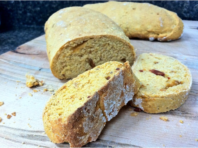 Sun-dried Tomato and Rosemary Polenta Bread
