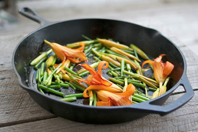 Sauteed Daylilies and Garlic Scapes