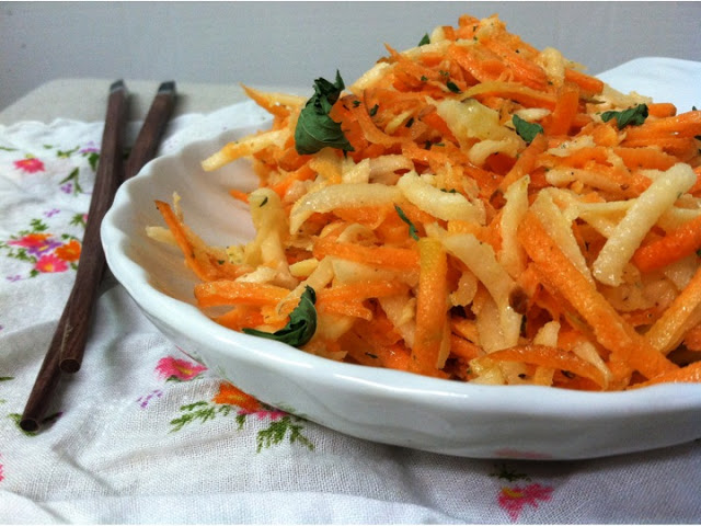 Shredded Kohlrabi & Carrot Salad with Coriander-Mint Dressing – Emma ...