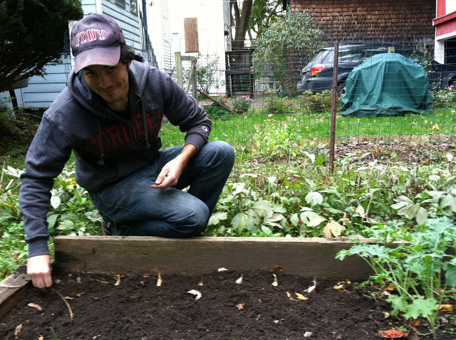 Brett, a former backyard Bronx farmer, shows us how its done!