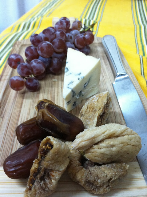 Cheese & Fig Snack