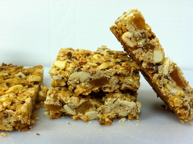 Emma's Test Kitchen: Oomph Bars for kids (or grown-ups)