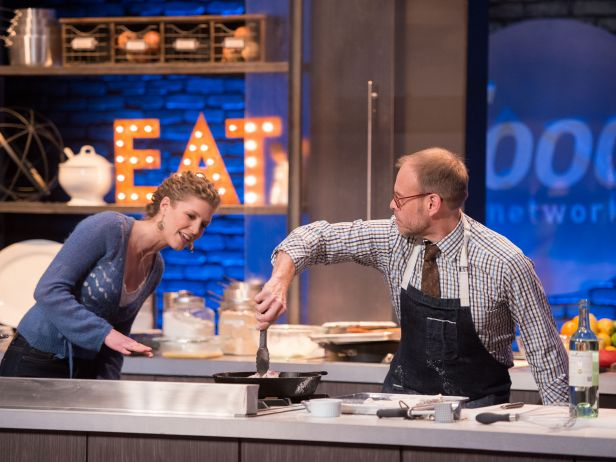 Emma's Recap on Food Network Star Episode 2: Dead Air, Yoga and FNS Friendship